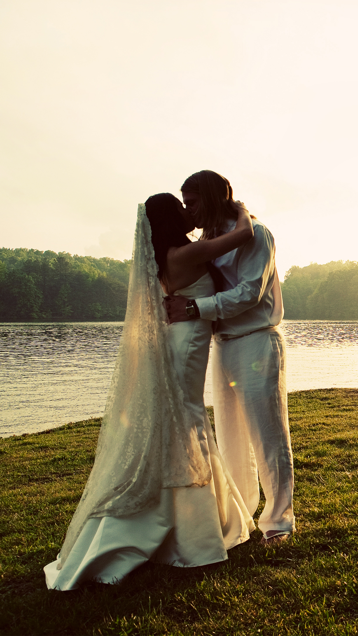 Wedding Lake iPhone 3Wallpapers Parallax Les 3 Wallpapers iPhone du jour (15/05/2015)