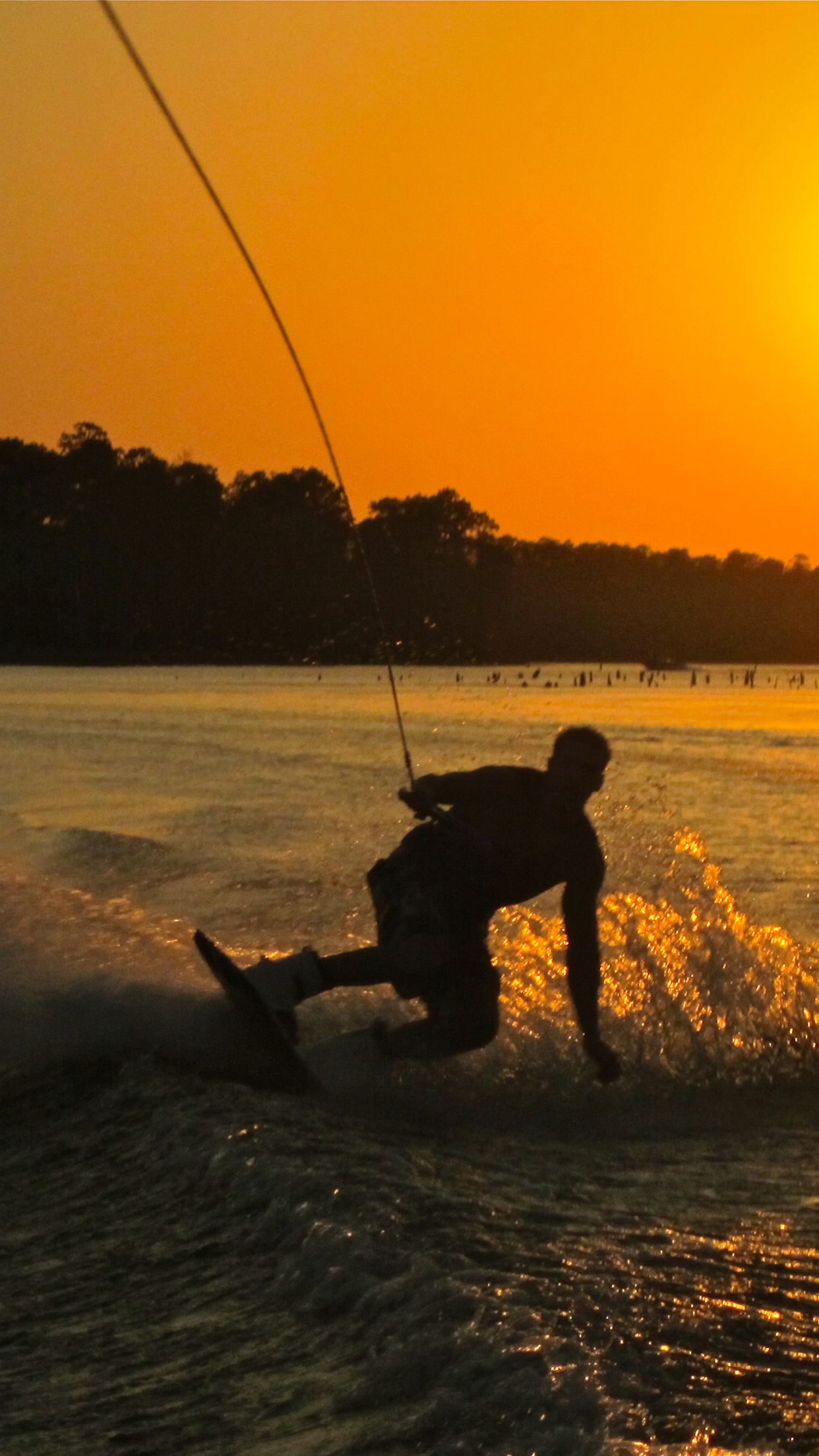 Wakeboard 3Wallpapers iPhone Parallax Les 3 Wallpapers iPhone du jour (16/07/2015)