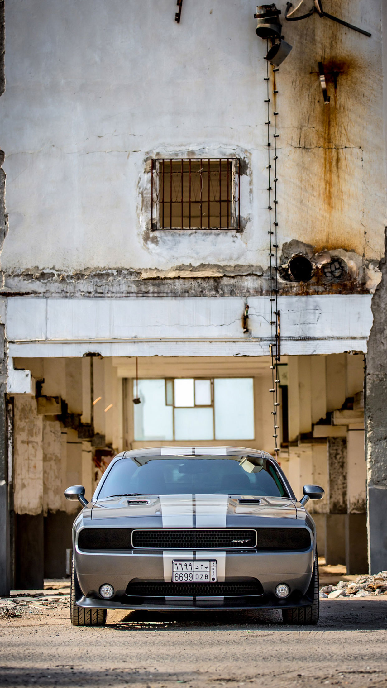 Dodge Challenger Front 3Wallpapers iPhone