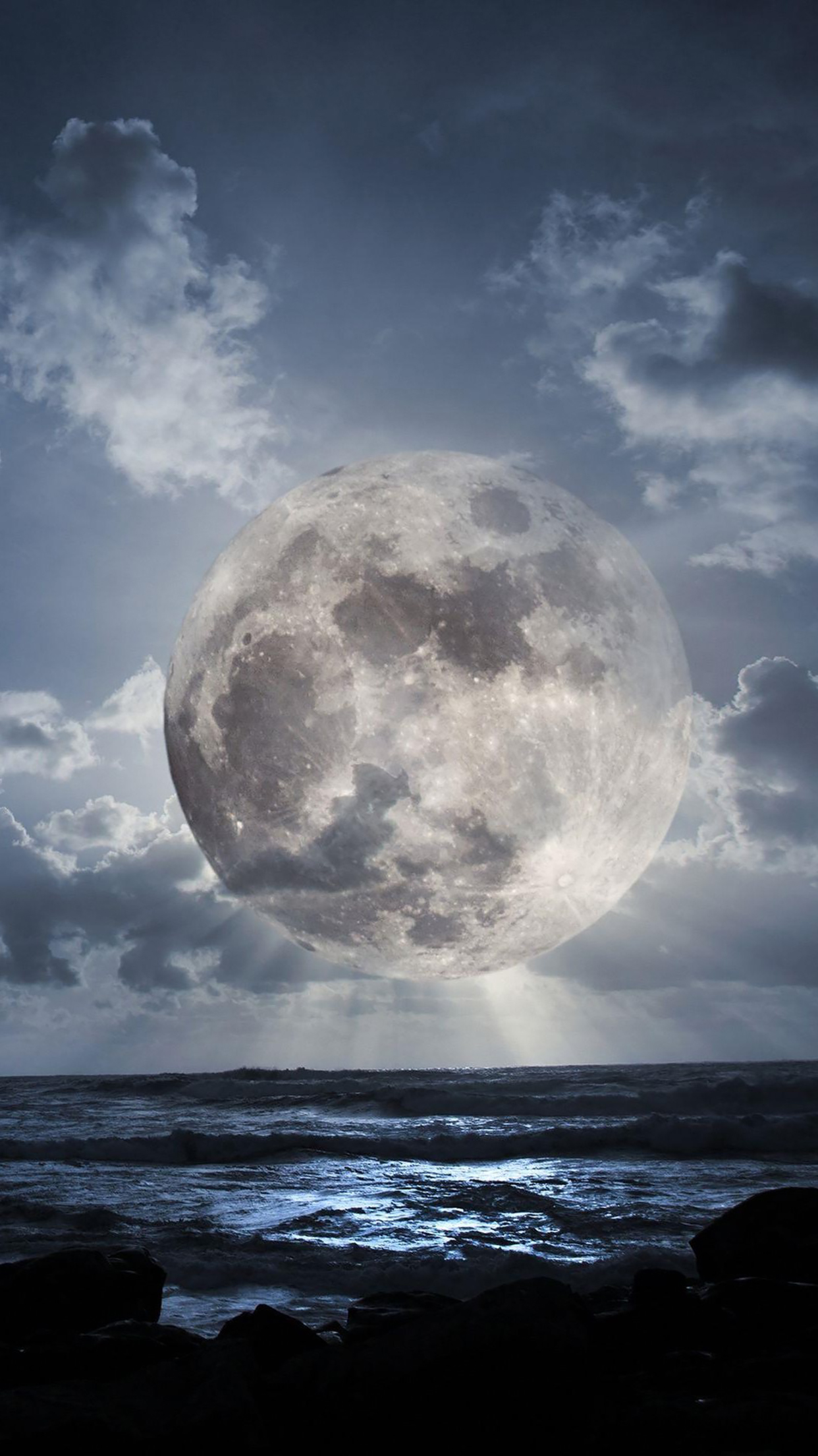 Science fiction moon over the sea 3Wallpapers iPhone Parallax Science fiction moon over the sea