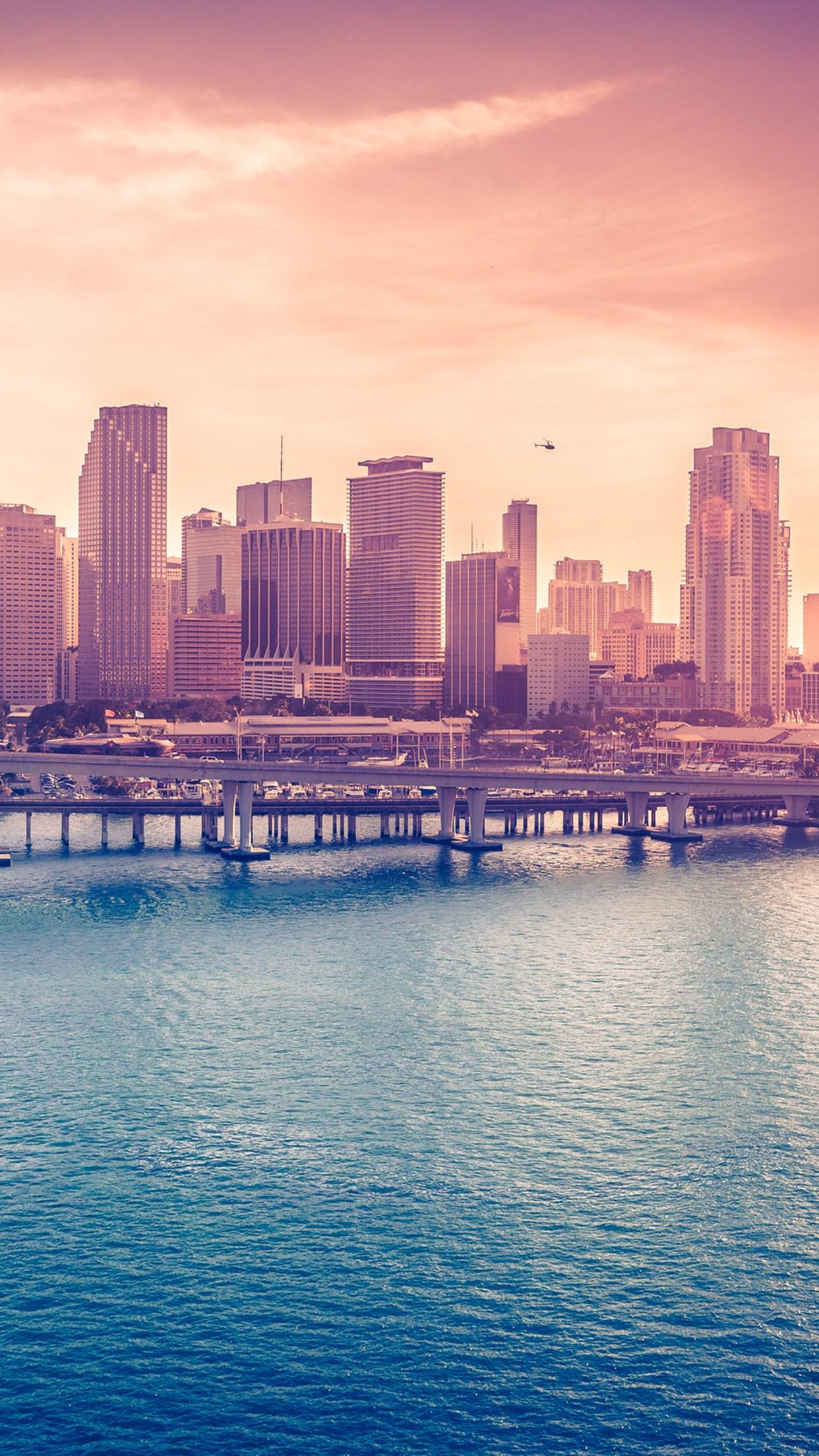 miami downtown 3Wallpapers iPhone Parallax Miami Downtown