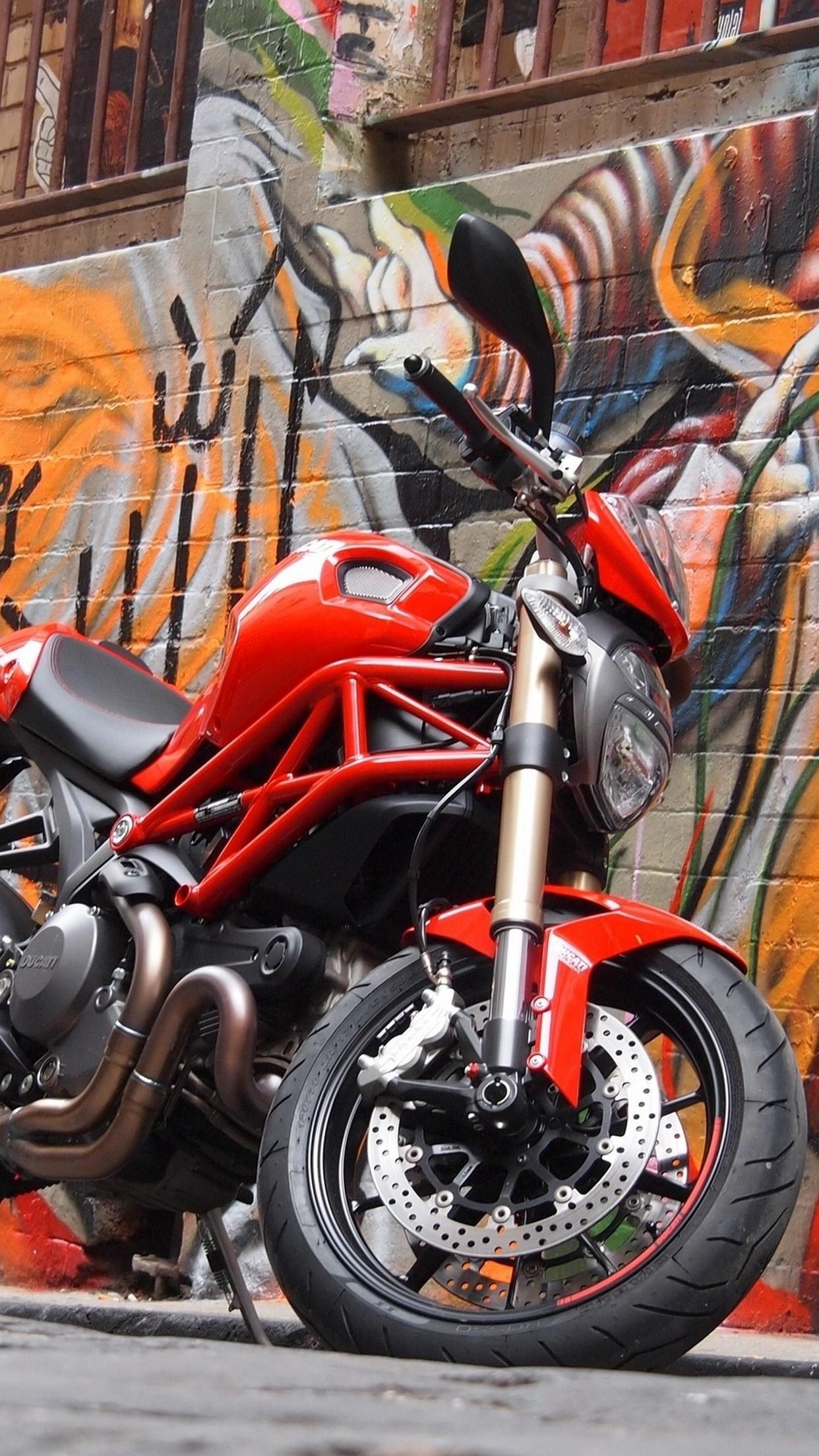 moto graffiti 3Wallpapers iPhone Parallax Moto Graffiti