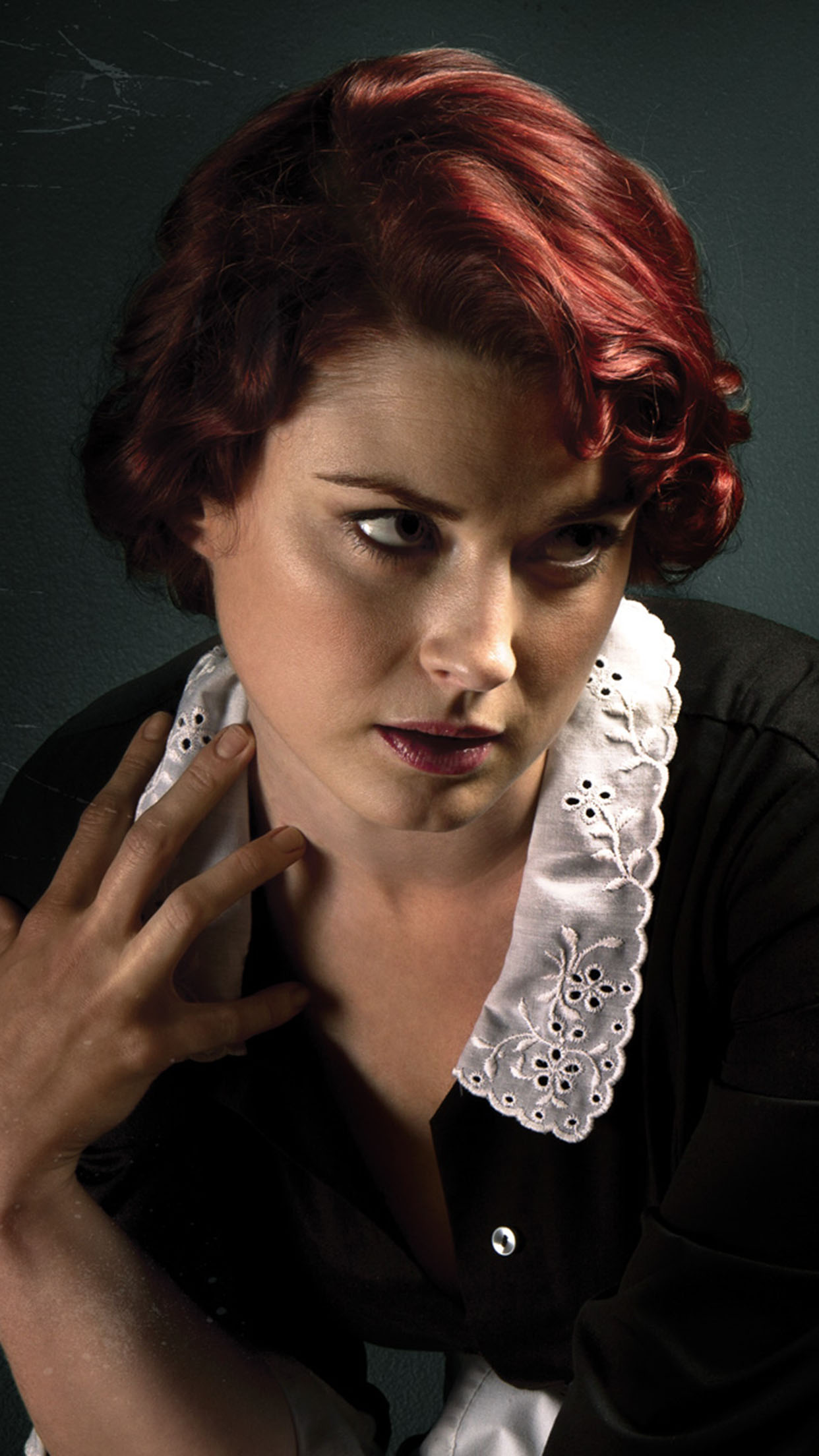 American Horror Story Alexandra Breckenridge 3Wallpapers iPhone Parallax Alexandra Breckenridge
