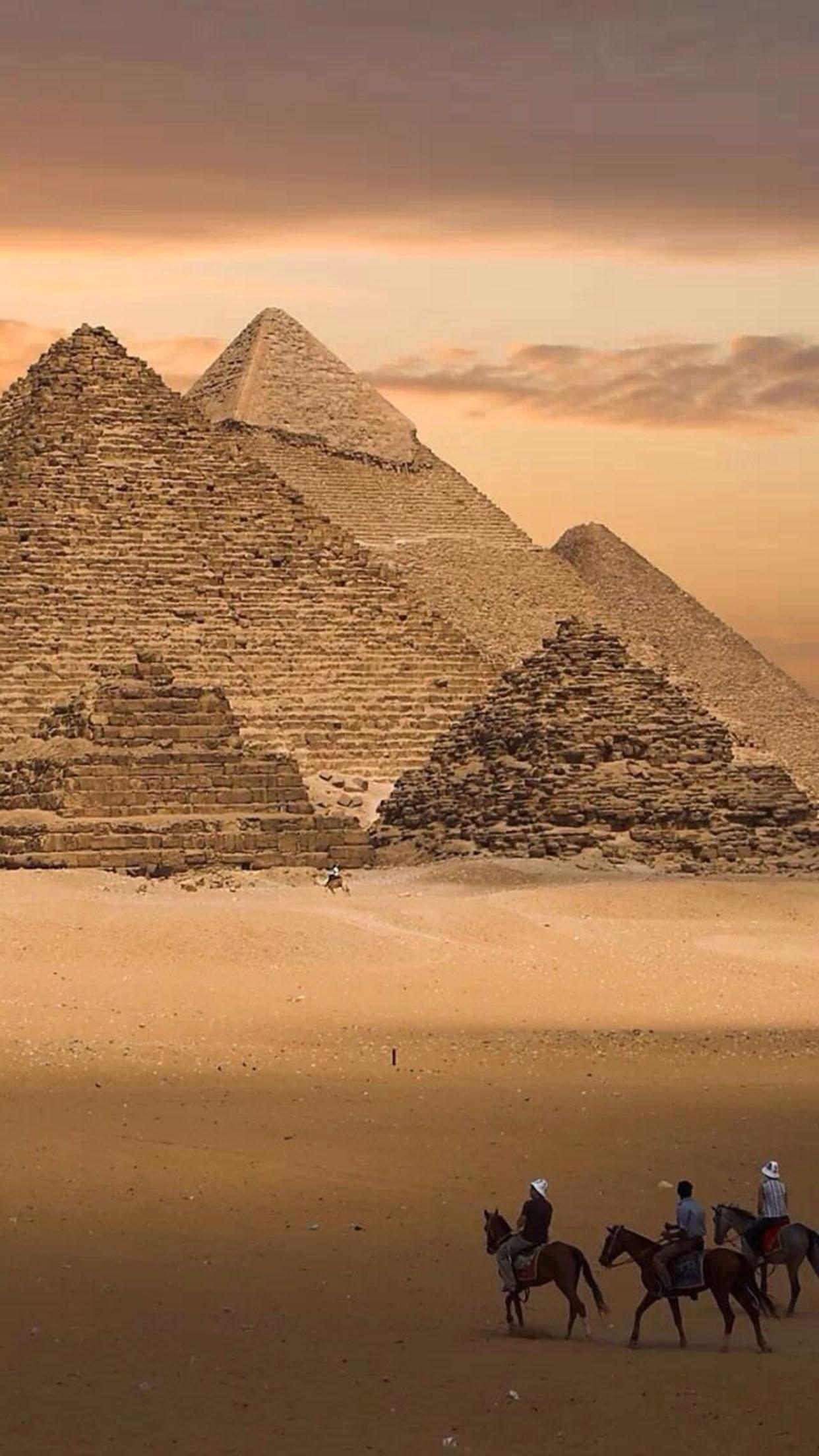 Pyramide Pyramide 2 3Wallpapers iPhone Parallax Pyramide 2