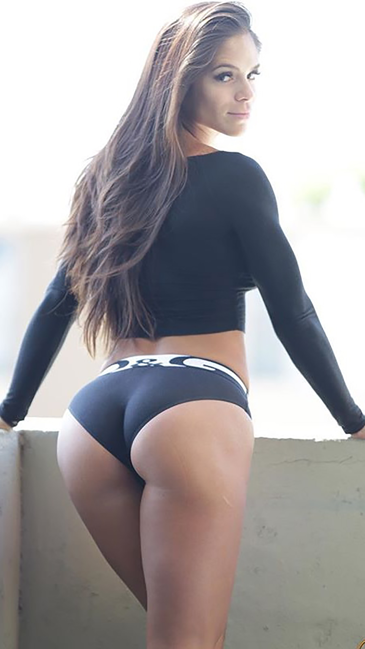 Michelle Lewin Ass 3Wallpapers iPhone Parallax Michelle Lewin : Ass