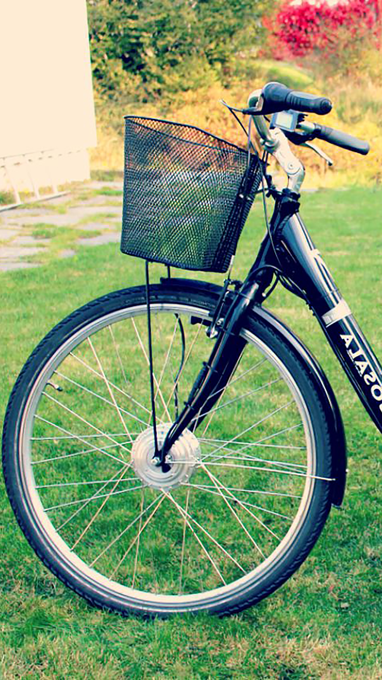 Bike Electric Bike 3Wallpapers iPhone Parallax Bike : Electric Bike