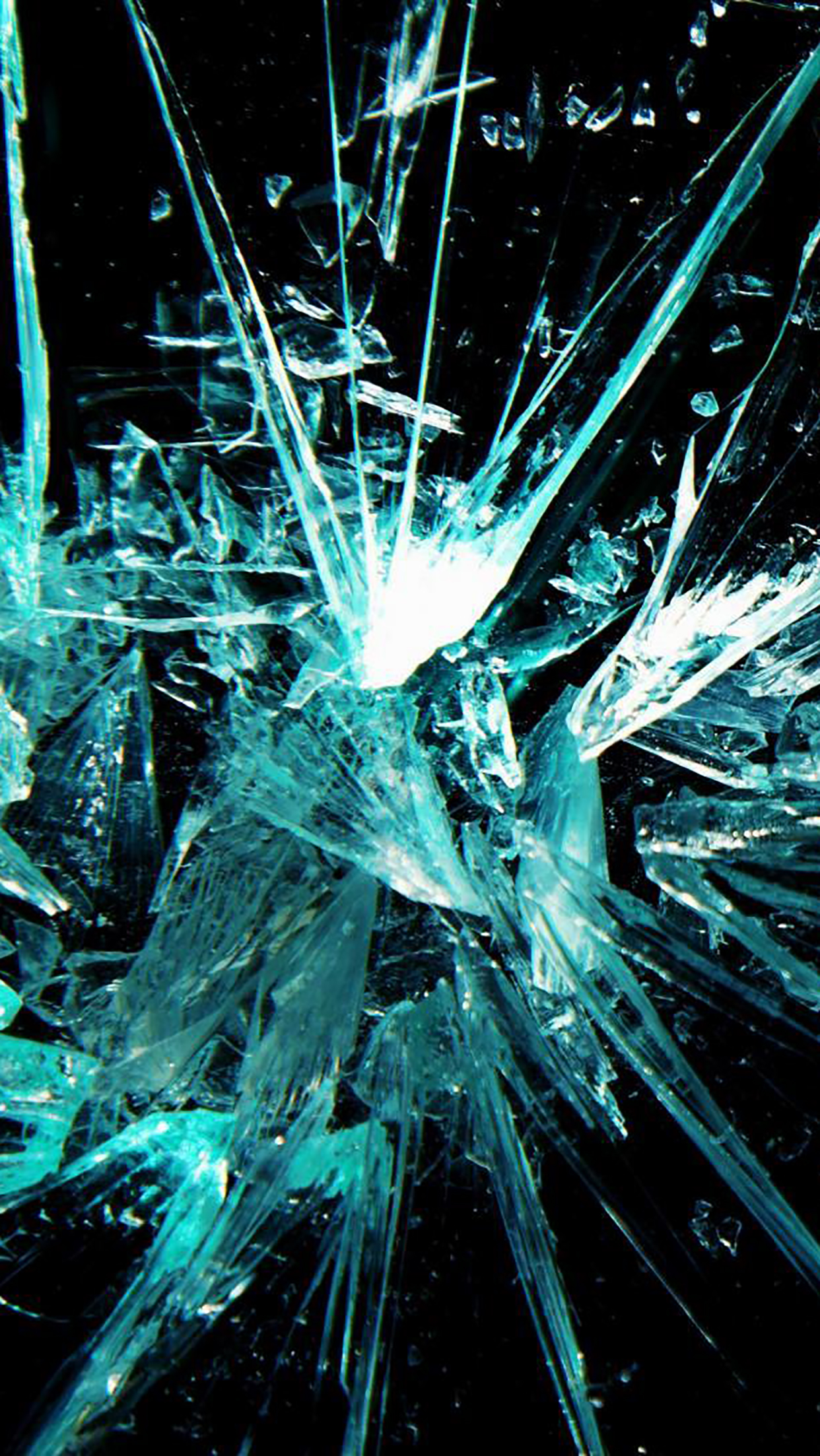 Broken Glass 2 3Wallpapers iPhone Parallax Broken Glass : 2