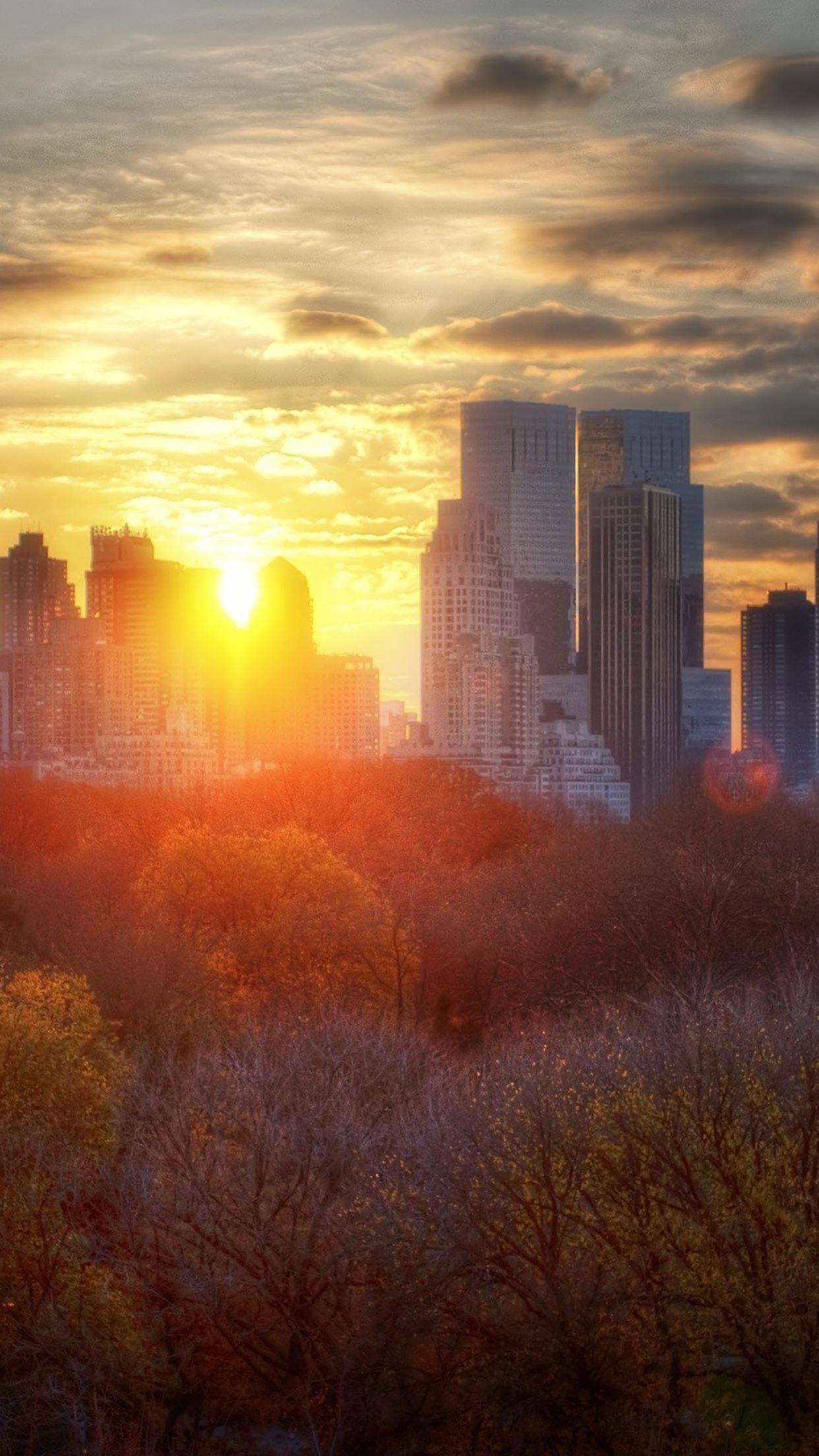 Coucher du soleil : Ville