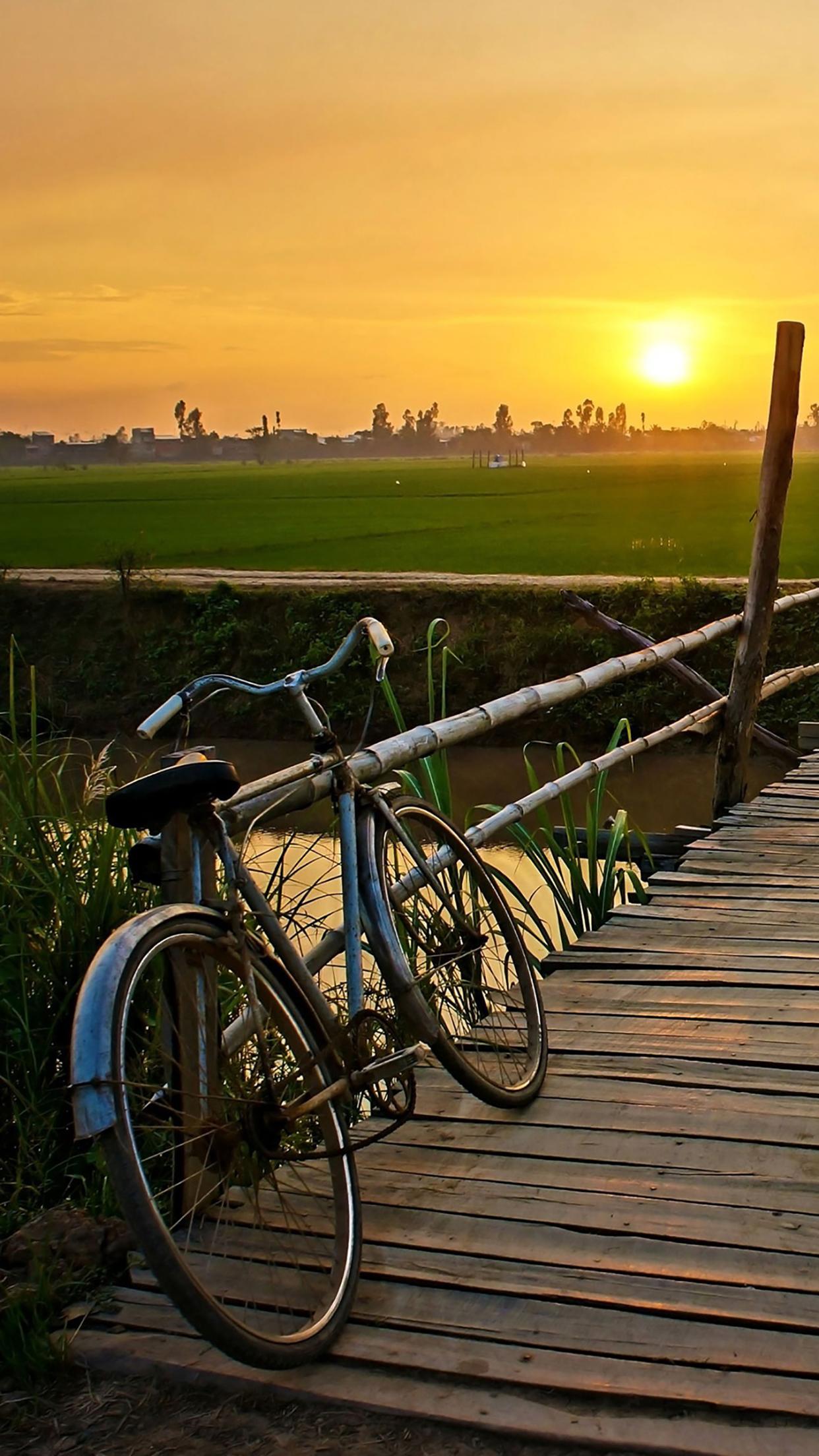 Bicycle 2 3Wallpapers iPhone Parallax 3Wallpapers : notre sélection de fonds décran du 15/07/2017
