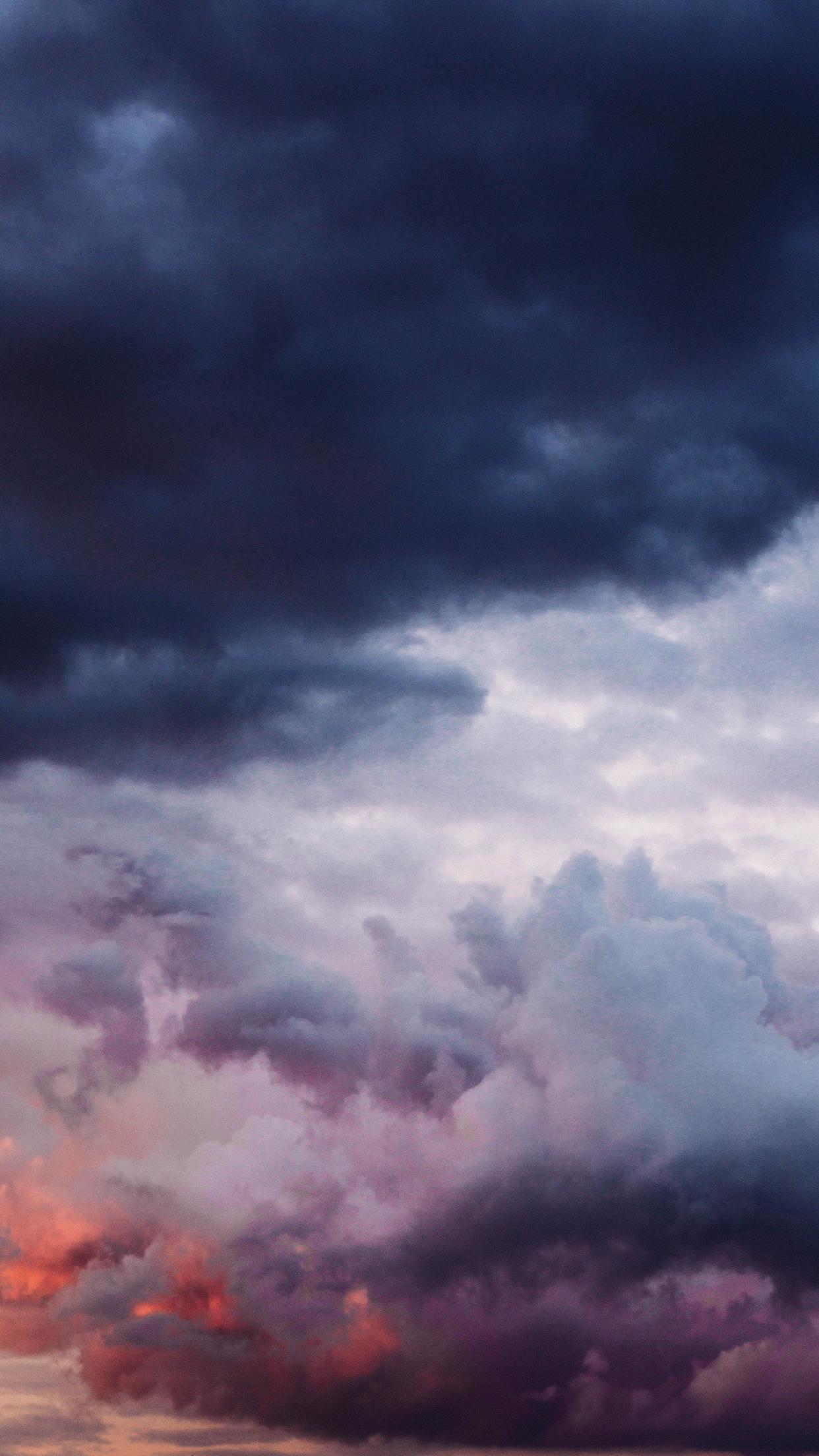 Cloudy Sky 1 3Wallpapers iPhone Parallax 3Wallpapers : notre sélection de fonds décran du 28/08/2017