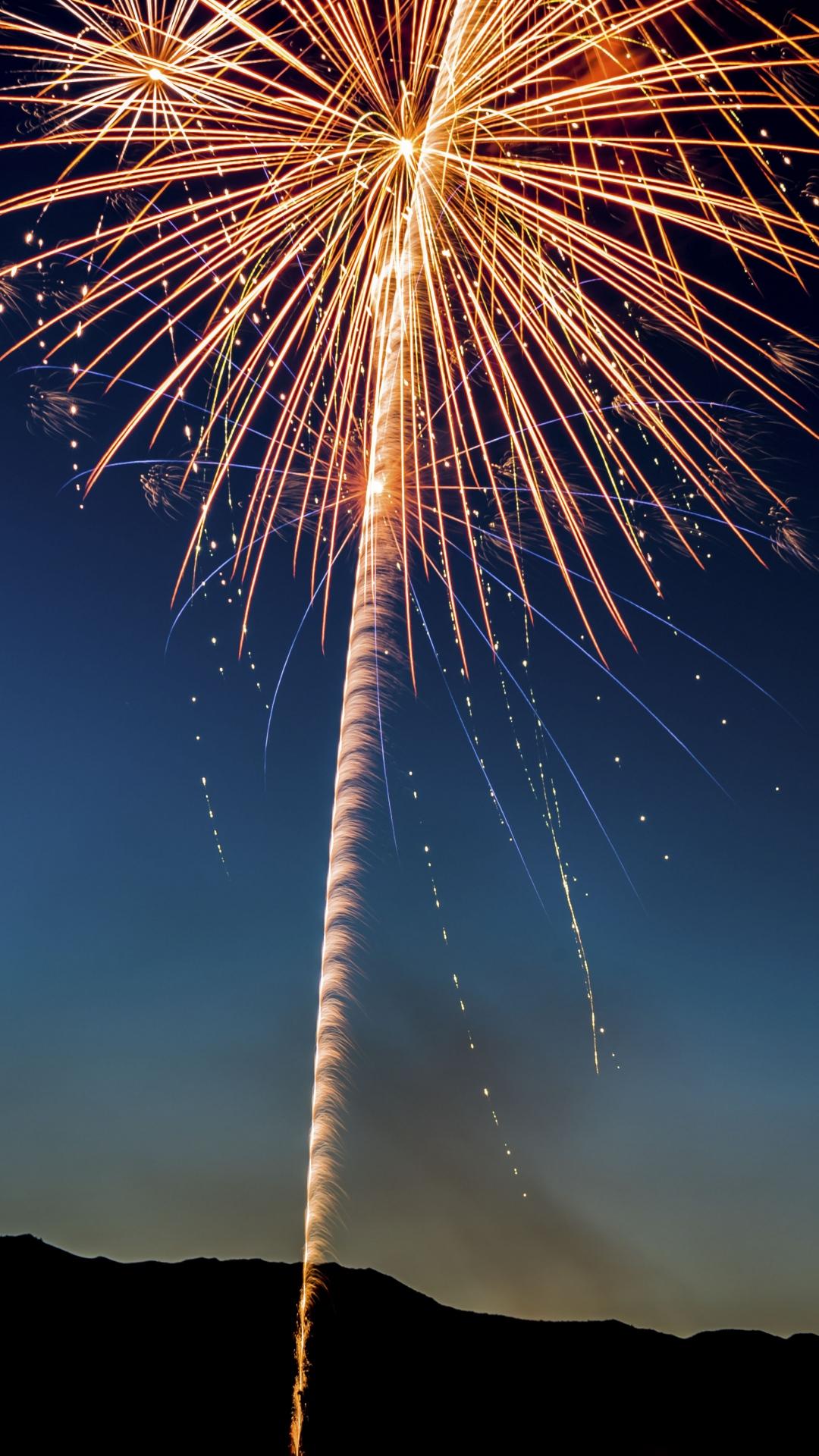 iphone wallpaper salute fireworks holiday 3Wallpapers : notre sélection de fonds décran du 29/08/2017