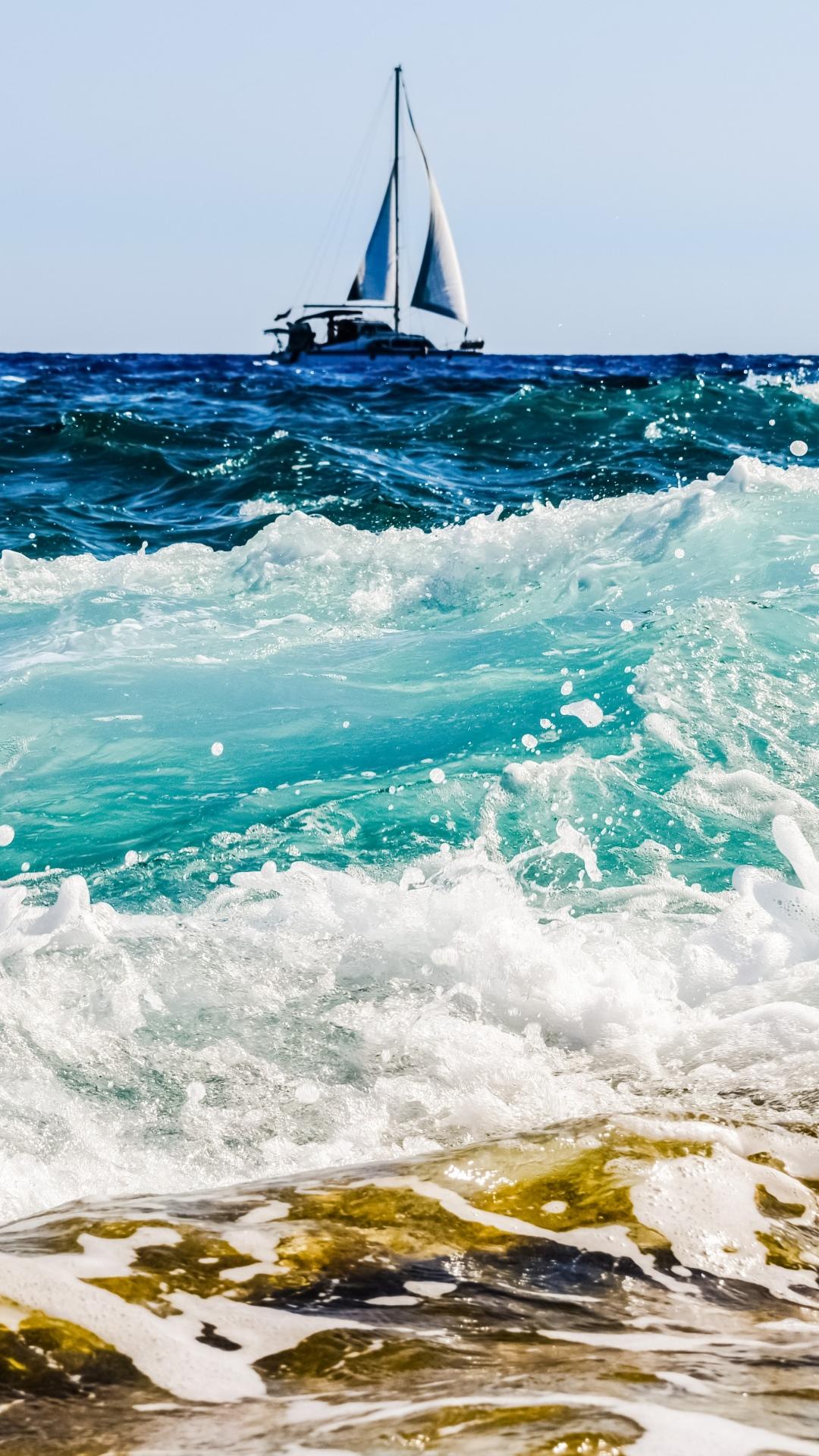 wallpaper iphone sea boat surf foam 3Wallpapers : notre sélection de fonds décran iPhone du 16/08/2017