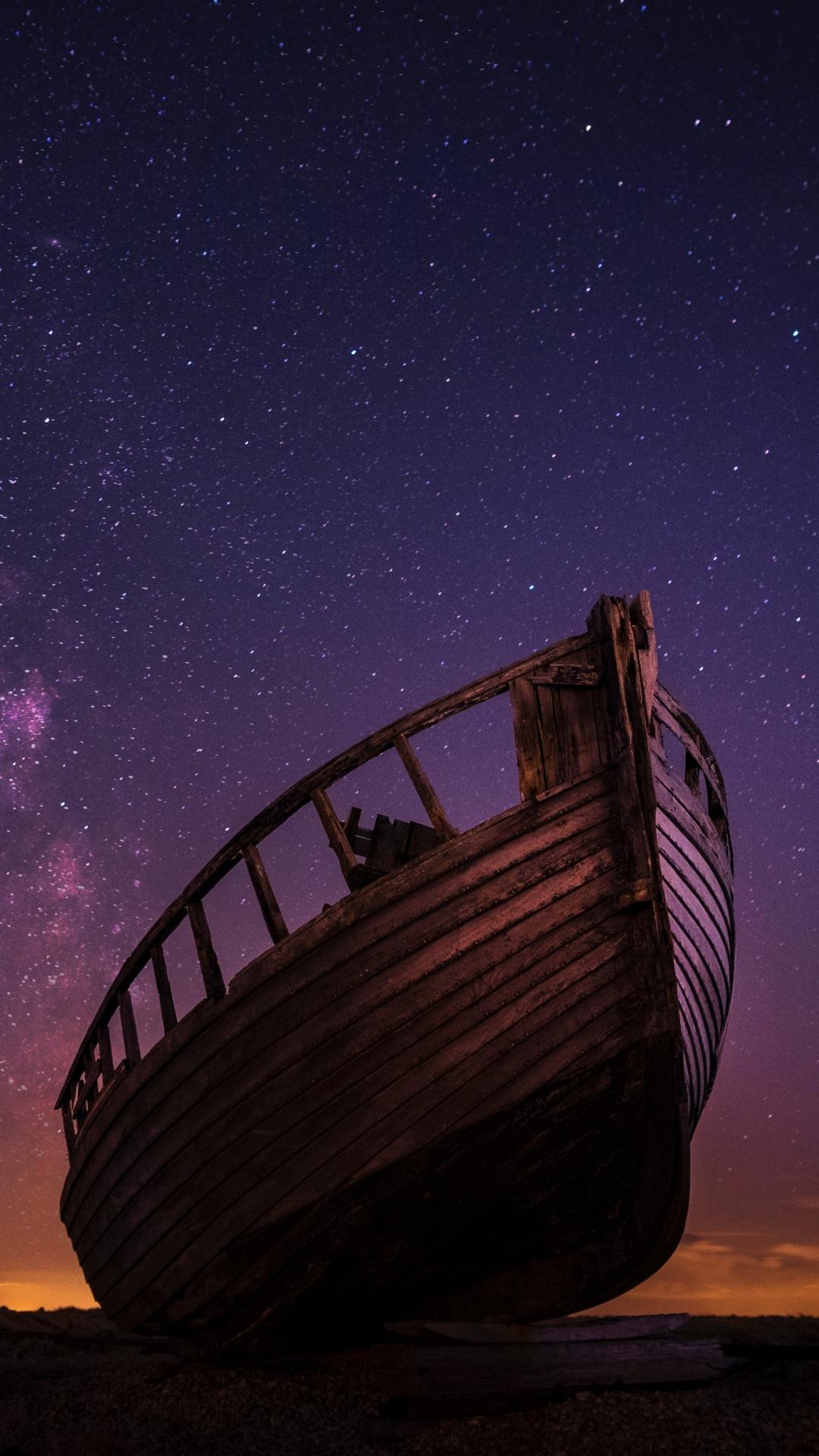 boat starry sky night 117225 1080x1920 3Wallpapers : notre sélection de fonds d'écran du 22/09/2017