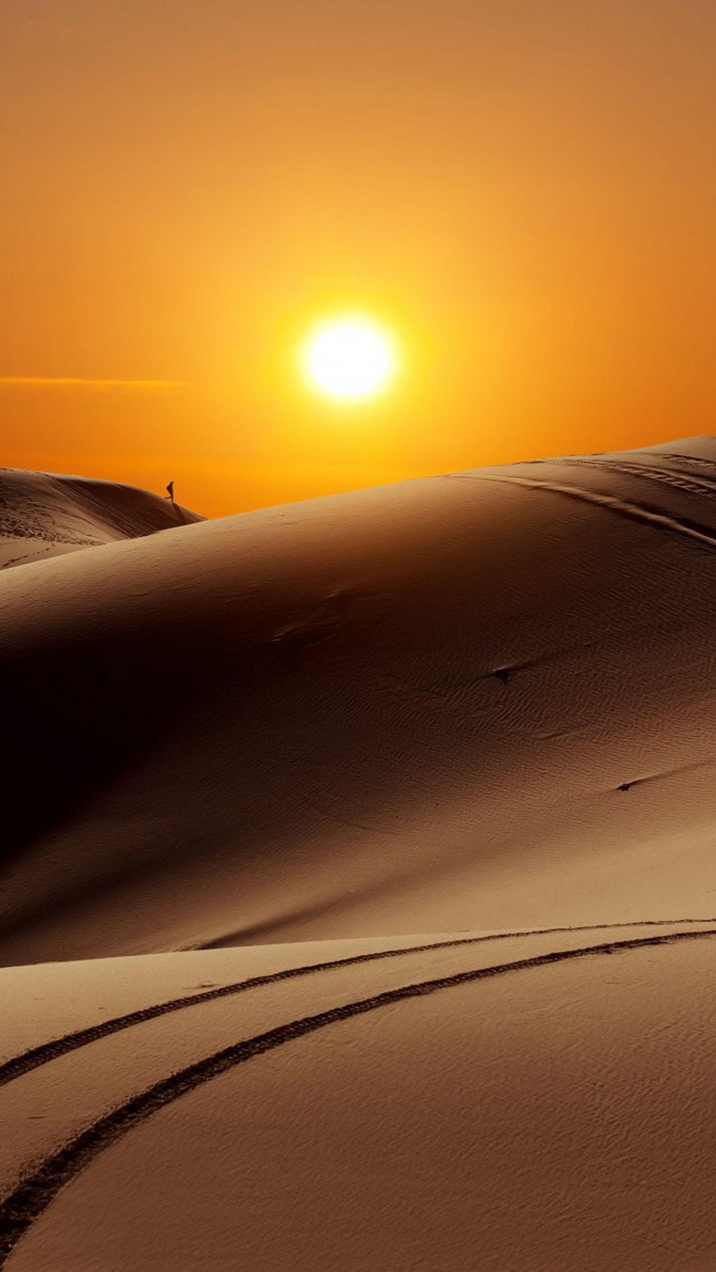iPhone wallpaper desert alone Desert