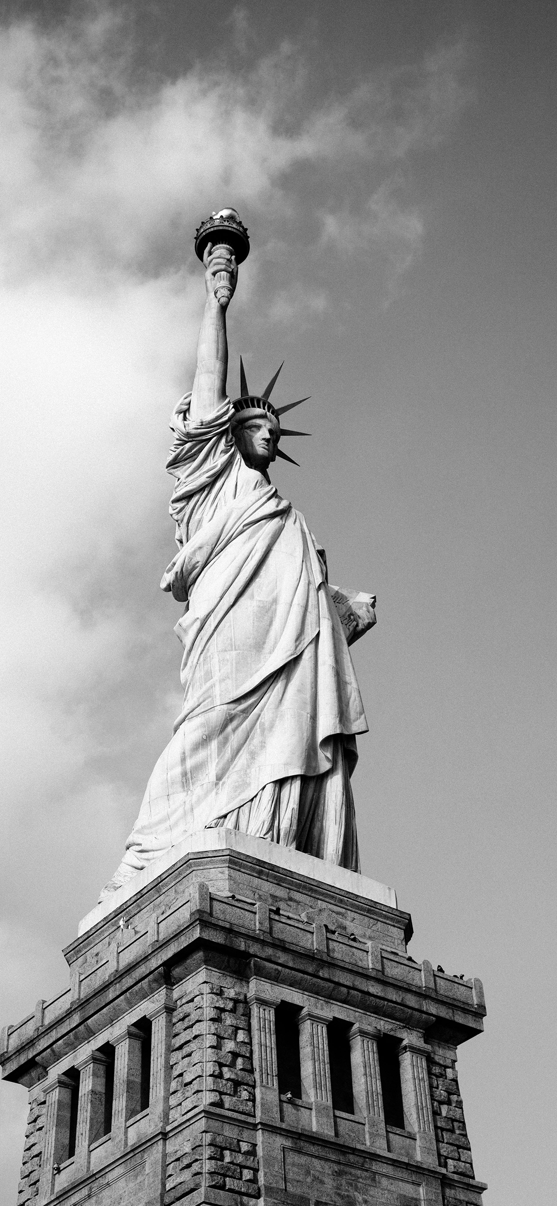 iPhone wallpaper black white statue Fonds d'écran iPhone du 26/09/2018