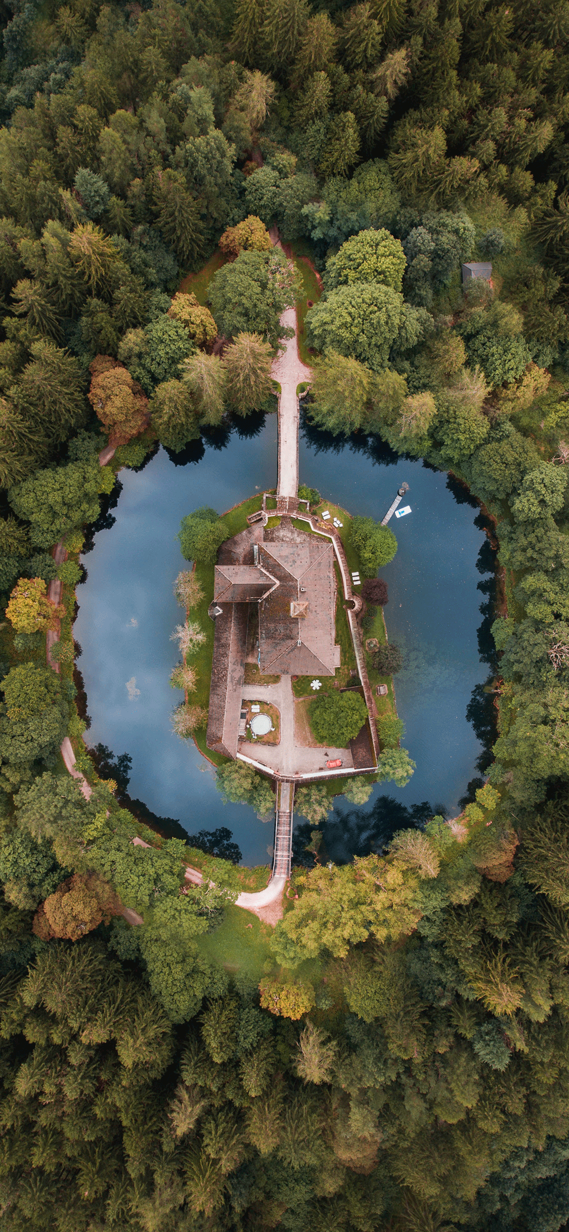 iPhone wallpaper aerial photo house Fonds d'écran iPhone du 04/10/2018