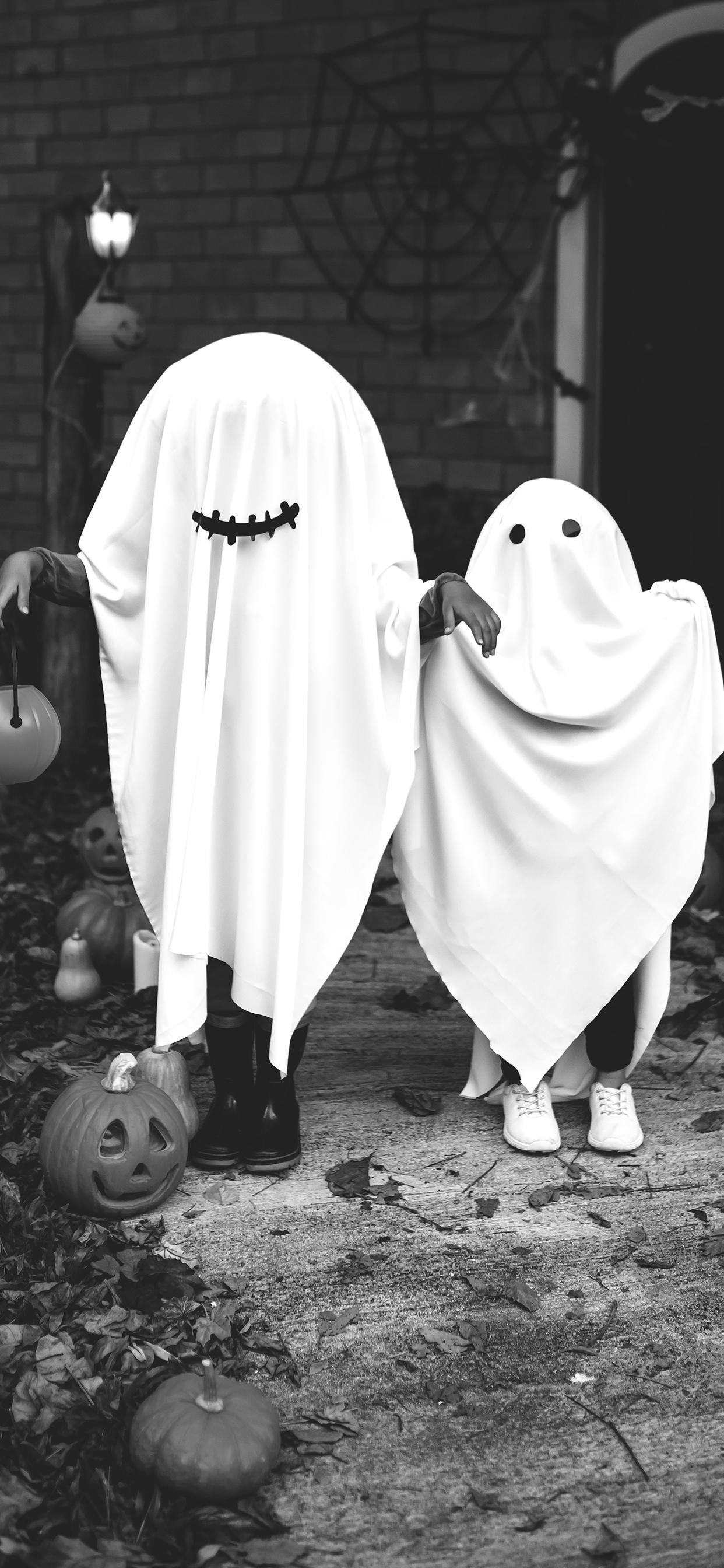 iPhone wallpaper halloween ghost Halloween