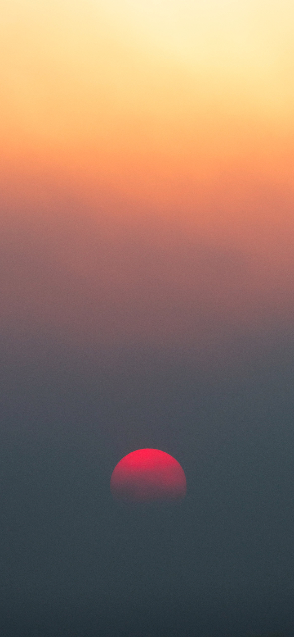 iPhone wallpaper gradients red moon Fonds d'écran iPhone du 27/11/2018