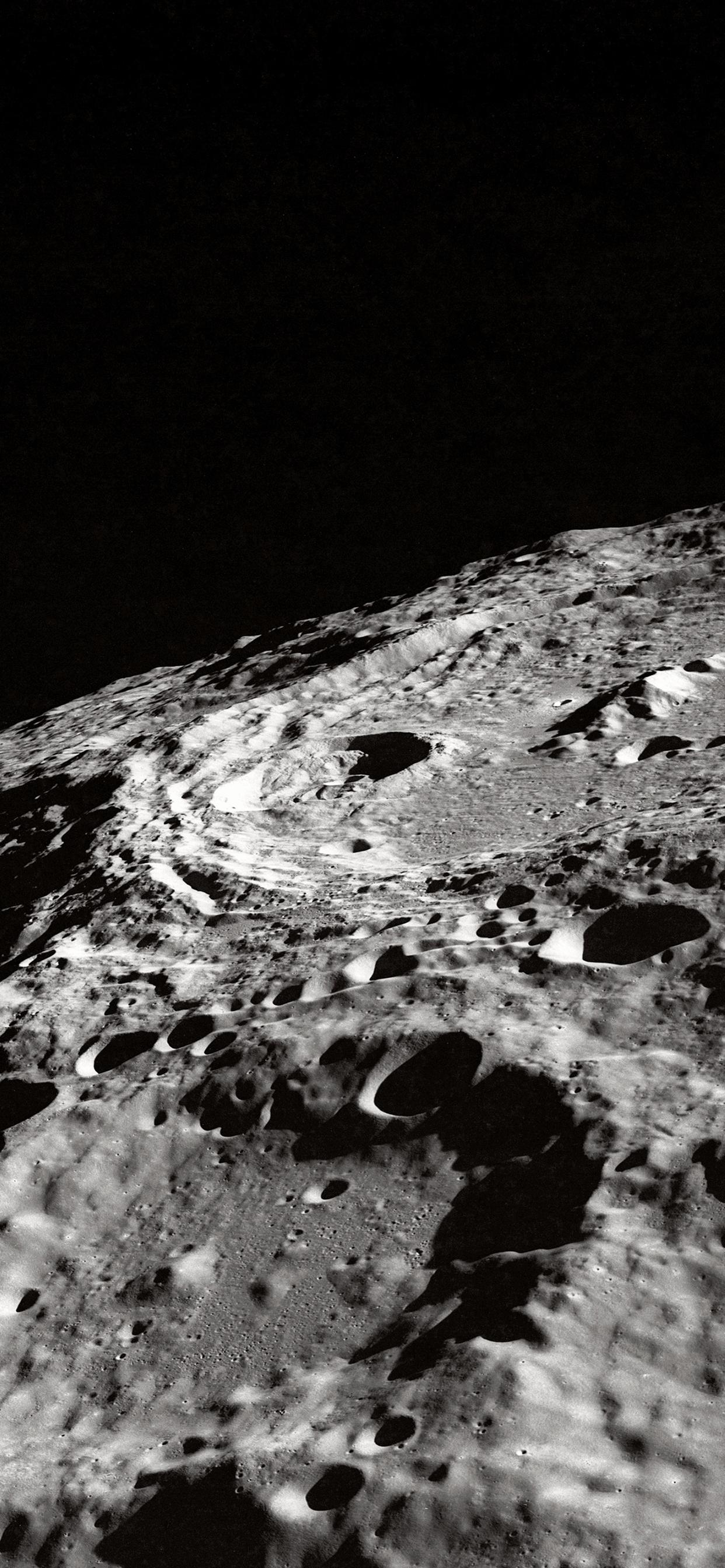 iPhone wallpaper moon crater Fonds d'écran iPhone du 12/11/2018