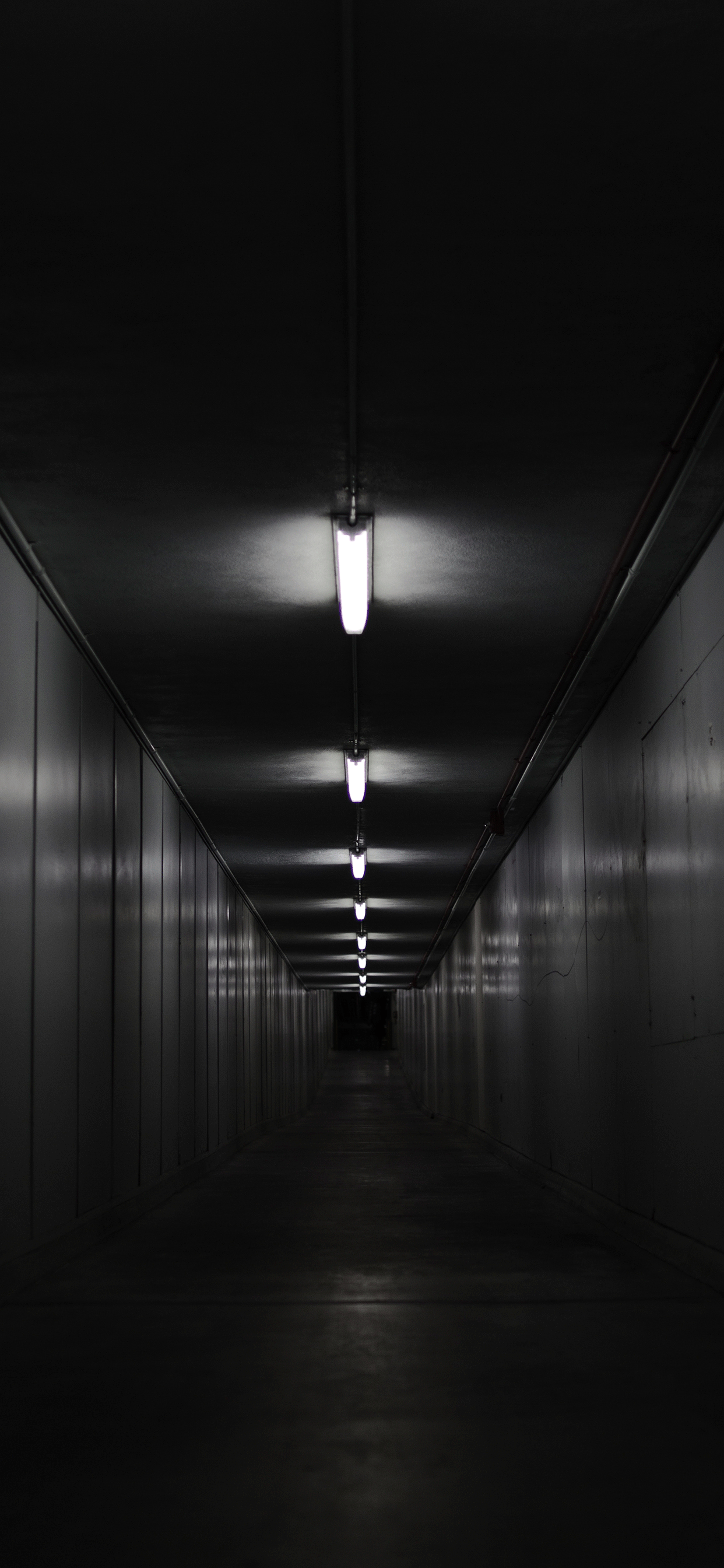iPhone wallpapers dark hall Fonds d'écran iPhone du 12/06/2019