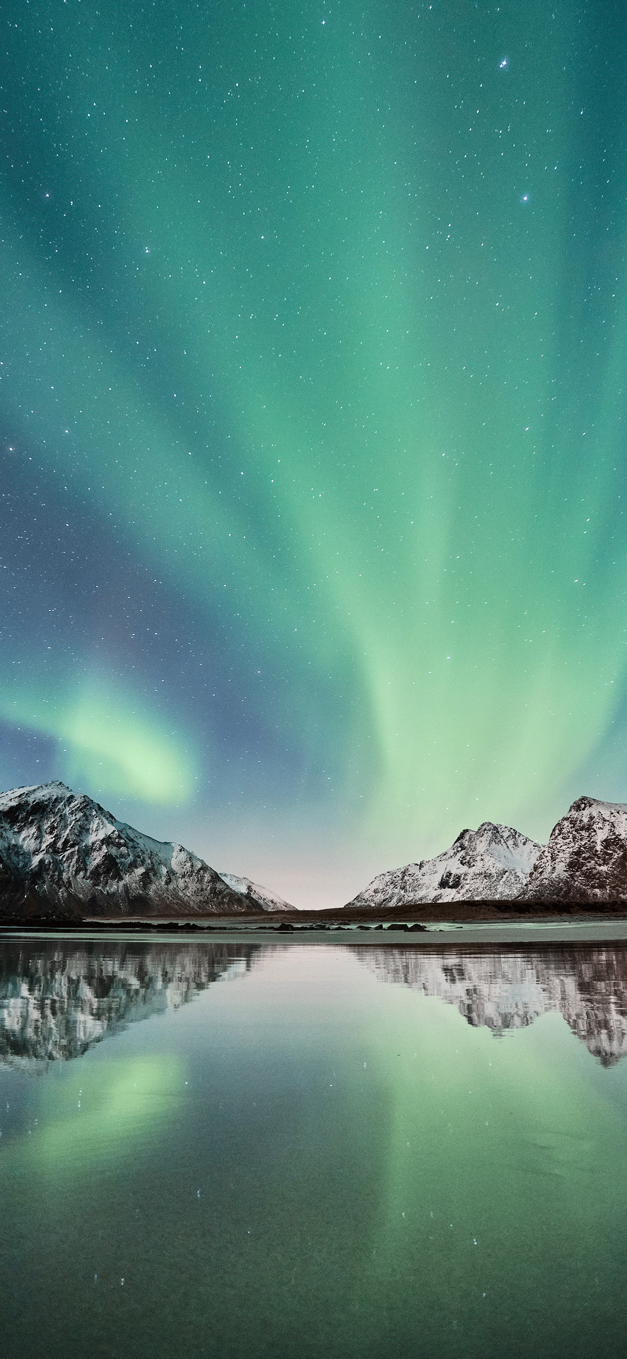 iPhone wallpapers northern lights skagsanden beach Aurora borealis