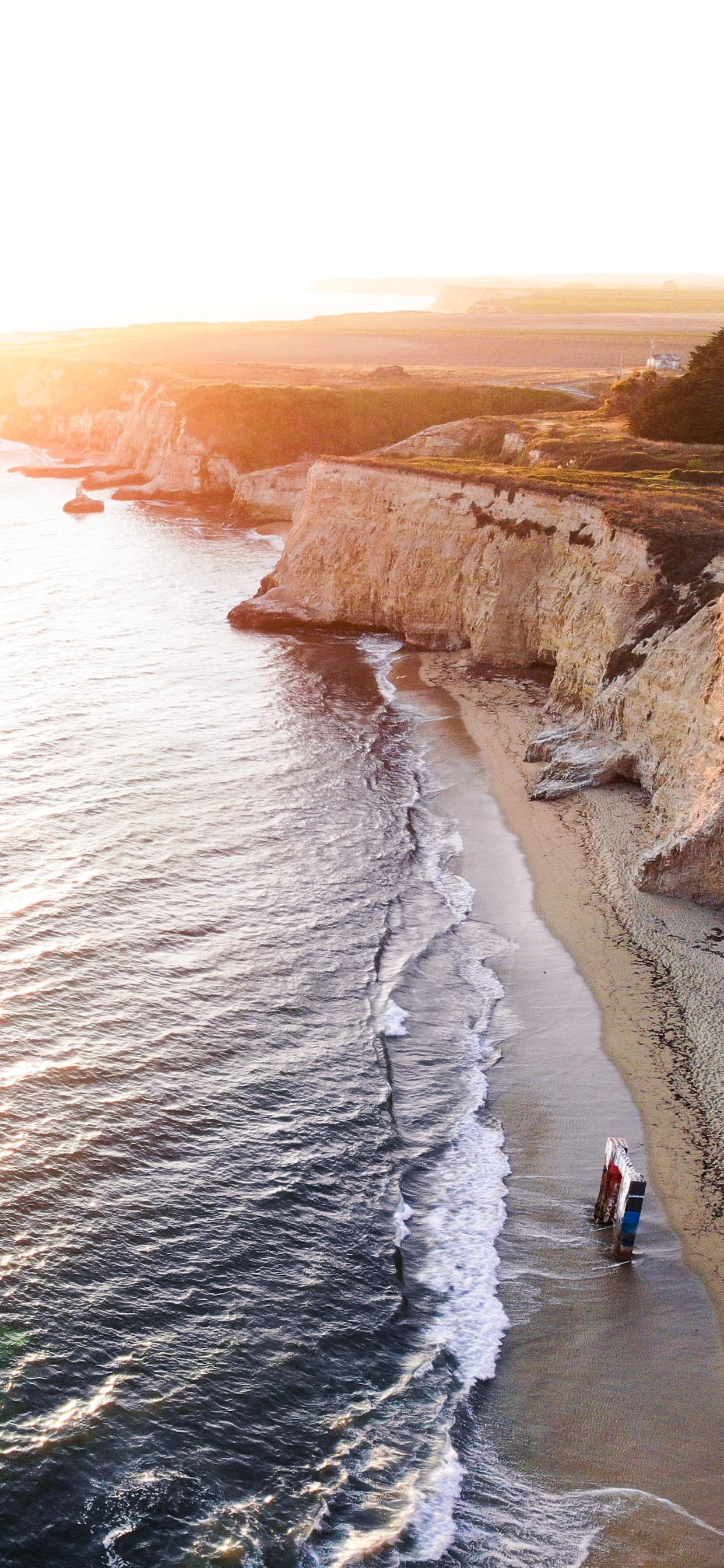 iPhone wallpapers illuminated california Fonds d'écran iPhone du 28/08/2019