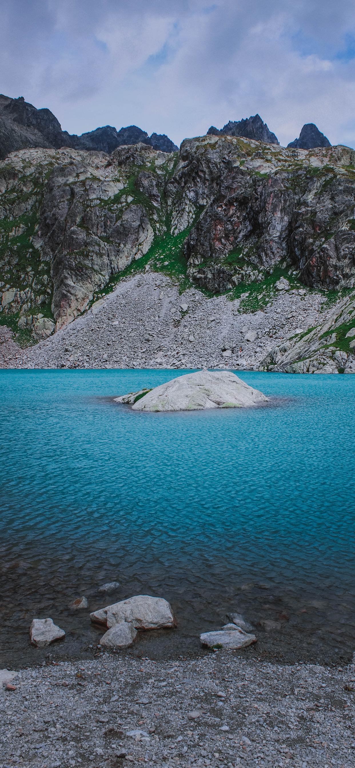 iPhone wallpapers alpes lake Fonds d'écran iPhone du 12/09/2019