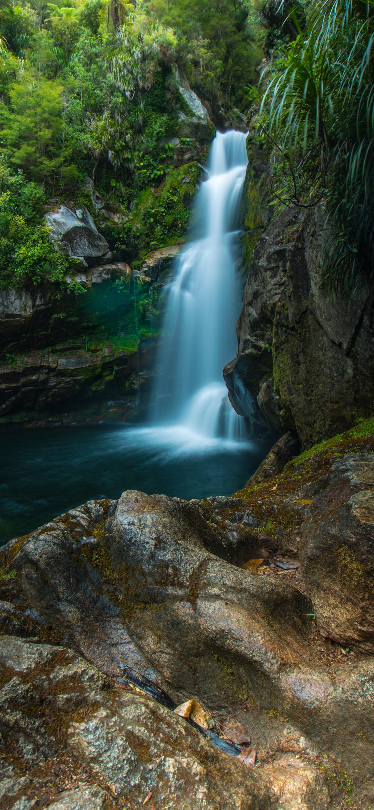 iPhone wallpapers waterfall wainui falls Fonds d'écran iPhone du 15/11/2019