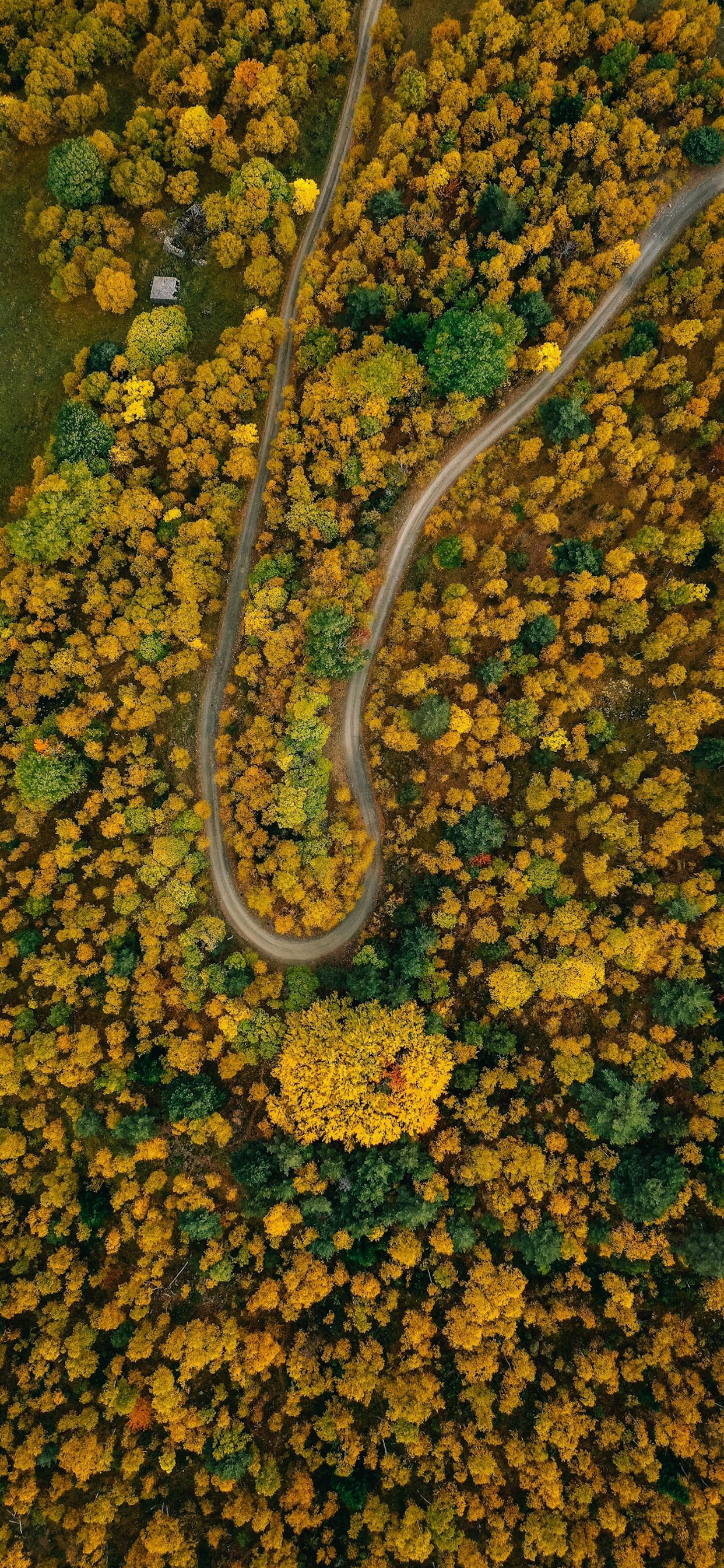 iPhone wallpapers aerial image llavorsi spain Fonds d'écran iPhone du 07/02/2020