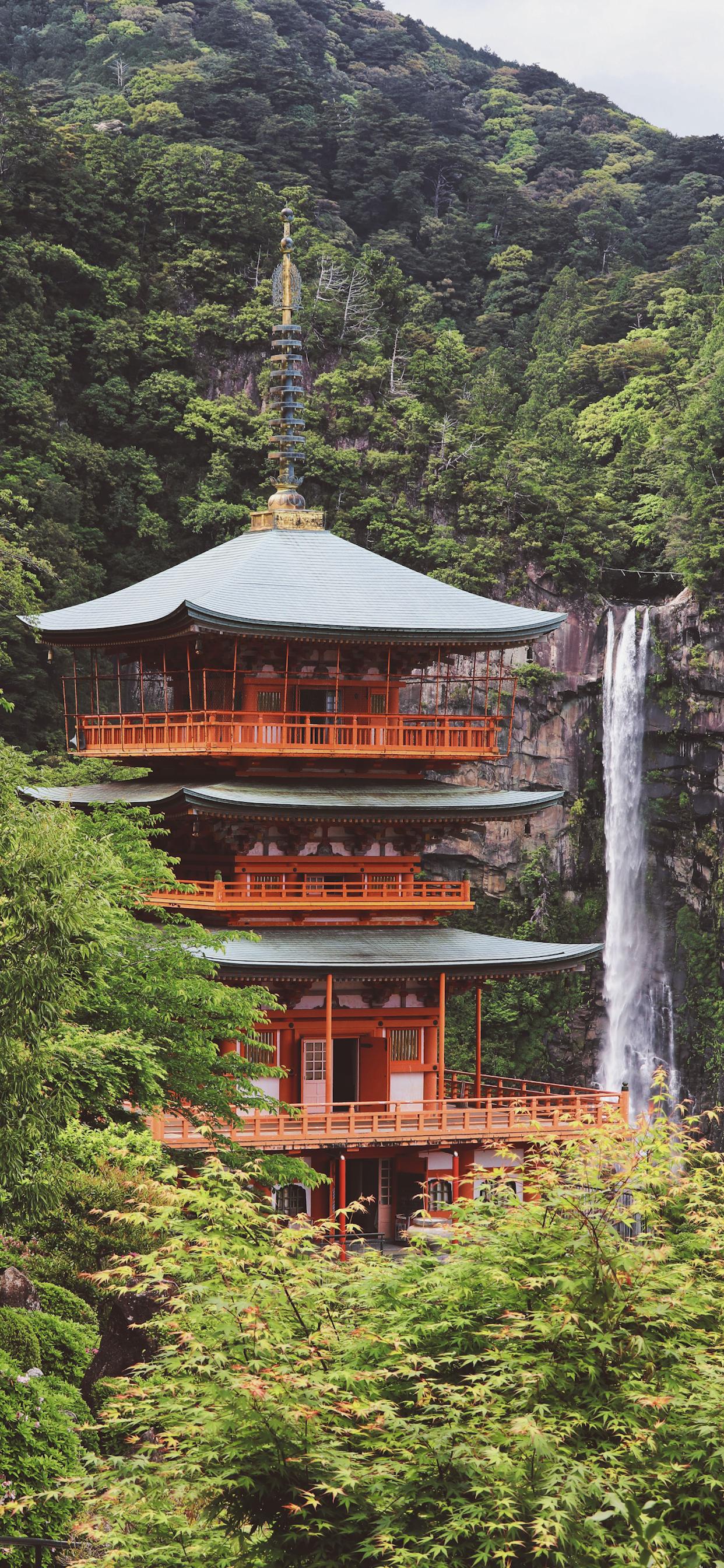 iPhone wallpapers temple nachisan japan Fonds d'écran iPhone du 02/04/2020