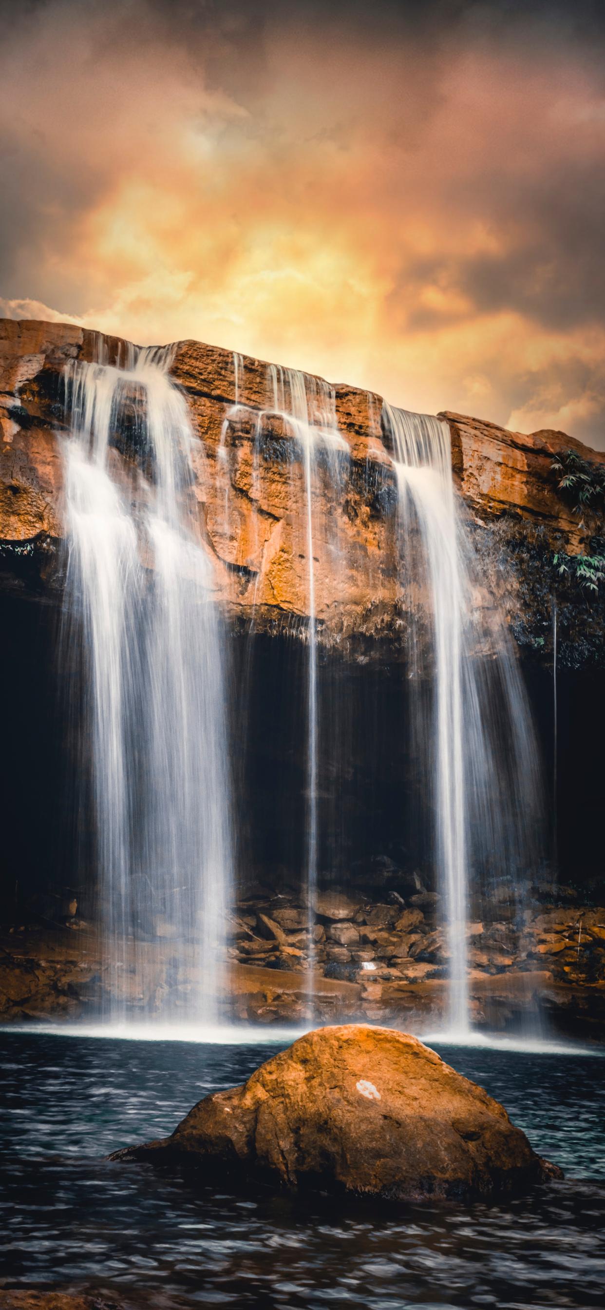 iPhone wallpapers waterfall guwahati india Fonds d'écran iPhone du 07/04/2020